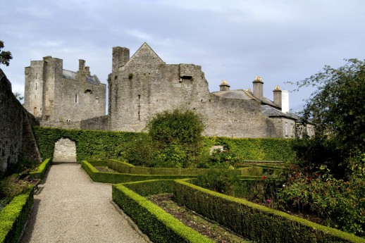The world's scariest castles