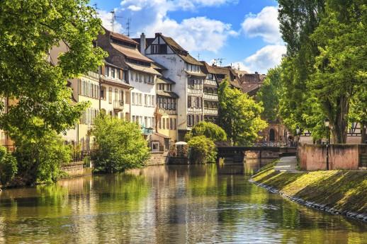 4 ways to cruise down the Rhine