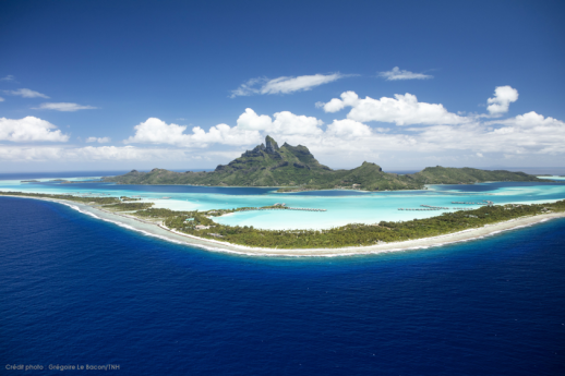A Guide to Tahiti and Her Islands