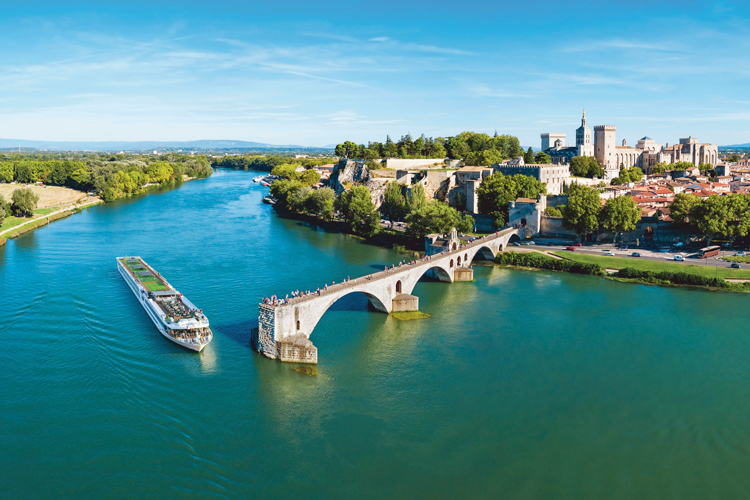 Top 4 reasons to visit the South of France