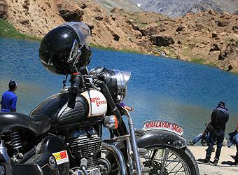 Biking tour of the Himalayas | TravelManagers